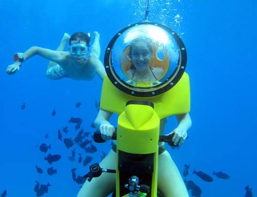 underwater subscooter